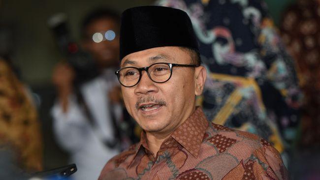 Zulhas Tutup Pidato dengan Pantun Dukung Jokowi-Ma'ruf Amin