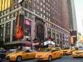 Sensasi Unik Menginap di Taksi Kuning New York