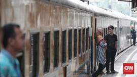 Kereta Api Jurusan Purwokerto-Pasar Senen Anjlok di Nagreg
