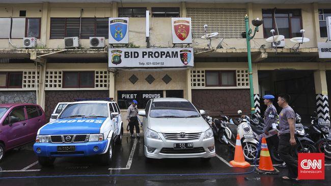 Alfian Tanjung Laporkan Penangkapannya ke Propam