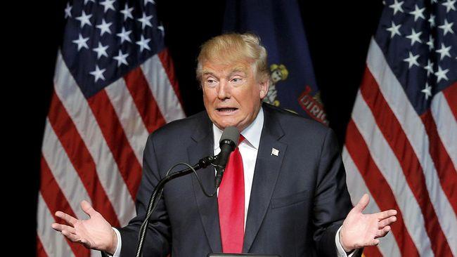 Trump Akhirnya Meyakini Obama Lahir di AS