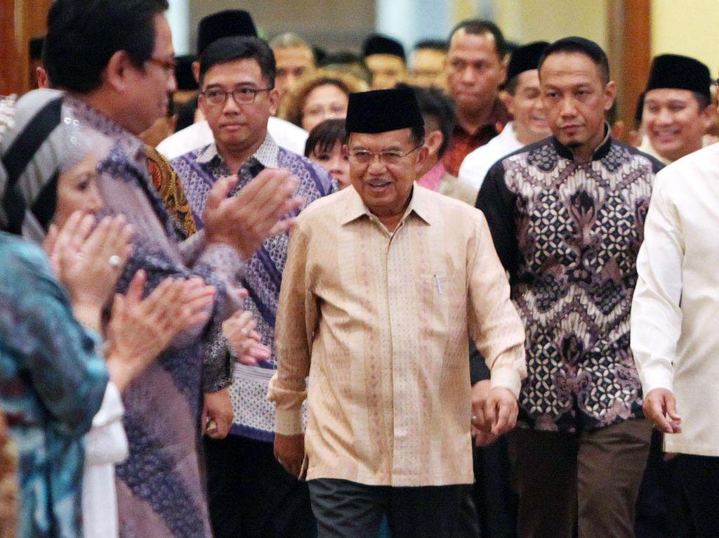 Wakil Presiden (Wapres), Jusuf Kalla, mengatakan hal itu di sela dialog ekonomi dan buka puasa bersama Kadin di JCC Senayan, Senin (28/6/2016). Pool/dok. Kadin.