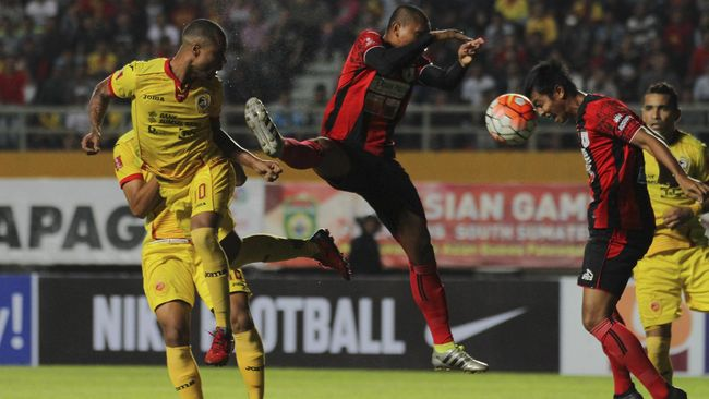 Persipura Imbangi Sriwijaya FC 2-2