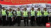 Kewaspadaan pada aksi teror diterapkan lantaran saat ini petugas kepolisian telah menjadi salah satu sasaran kelompok radikal.(CNN Indonesia/Safir Makki)