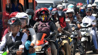 PSBB Jakarta, Polisi Larang Pengendara Motor Berboncengan