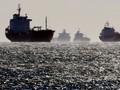 Akibat Belok Tiba-tiba, Kapal Perang AS Tabrak Kapal Tanker