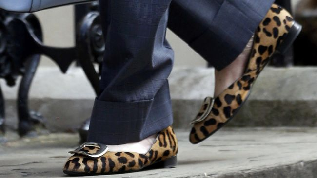 6 Jenis Sepatu Yang Wajib Dimiliki Wanita