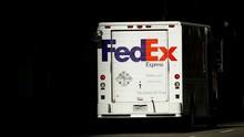 Dituduh Tolak Kirim Ponsel Huawei, FedEx Gugat Departemen AS