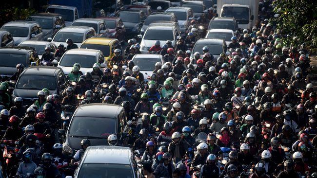 Kisah Mereka yang Beranjak Tua di Jalanan Jakarta