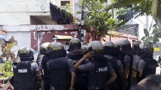 TNI-Polri Jaga Asrama Papua di Surabaya Sejak Pagi Buta