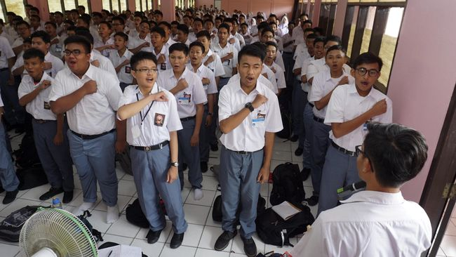 KPAI Ingatkan Sekolah Cegah Perpeloncoan Selama MOS