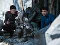 Kala Misi 'Star Trek Beyond' Tercerai-berai oleh 'Lebah'