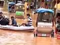Curah Hujan Tinggi, Jalanan India Berubah Jadi Sungai