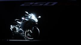 Honda-Yamaha Respons Kemunculan Ninja 250 cc 4-Silinder