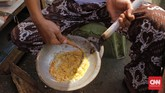 Kerak telor boleh dikatakan 'primadona' Festival Condet, karena makanan khas Betawi lain, macam sayur asem, nasi uduk, kembang goyang, serta kue-kue khas lain terbilang langka di acara ini. Kebanyakan stan malah menjual makanan Barat macam sosis panggang dan kentang goreng.