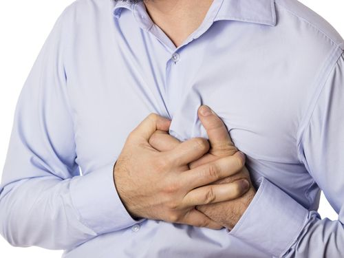 Nyeri Dada dan Gangguan Denyut Jantung di Usia Muda, Gejala Apa?