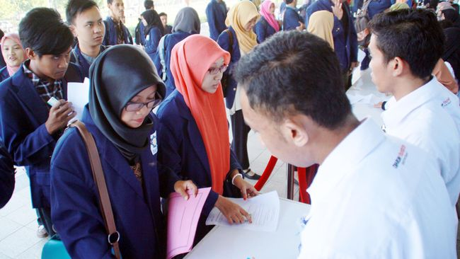 Anggaran Politik Jokowi untuk Para Santri