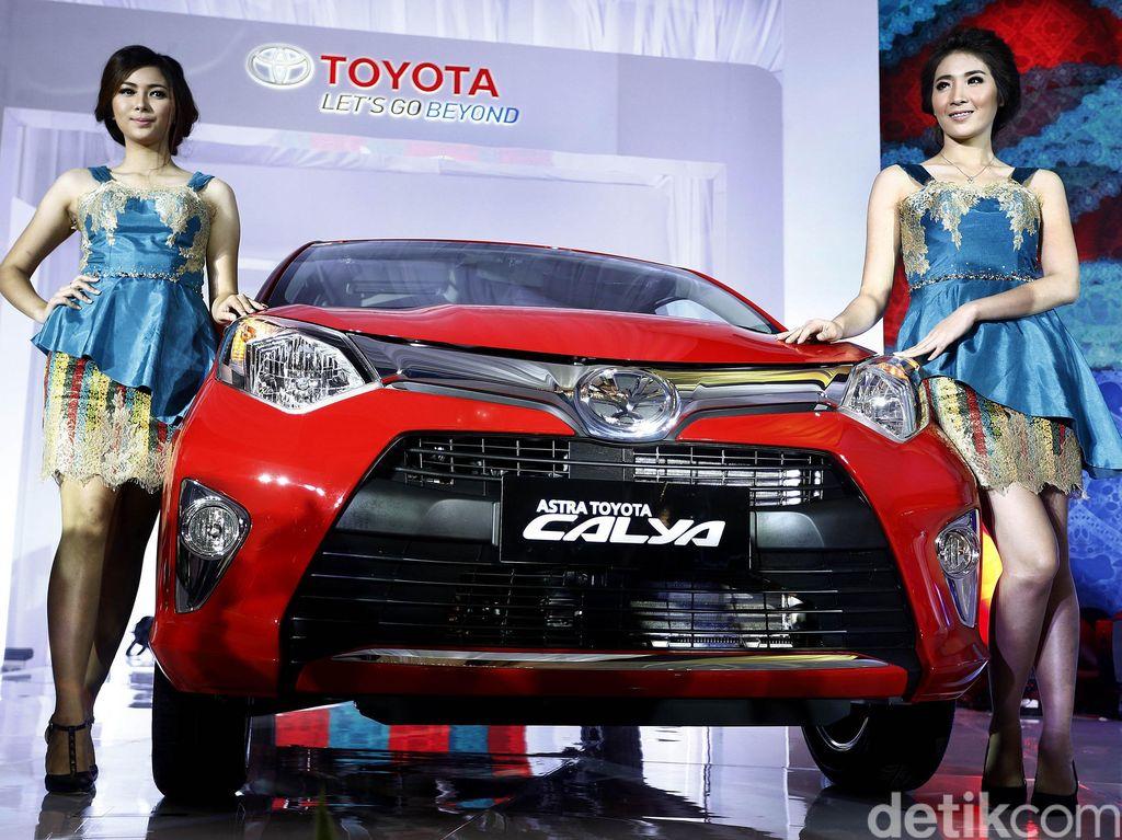 Toyota Calya malah berada di urutan kedua dengan angka penjualan 4.057 unit. Foto: Rengga Sancaya