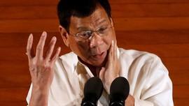 Cemooh Pastor, Duterte Diganggu Lalat Saat Pidato