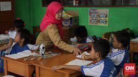 Kemdikbud Anggap 'Full Day School' Mudahkan Sertifikasi Guru