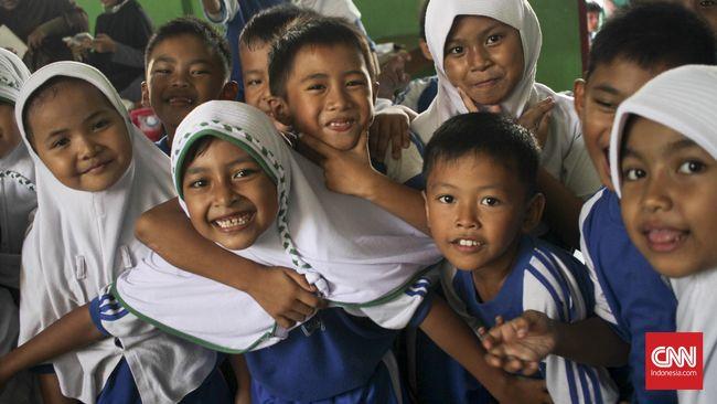 Nasib <i>Full Day School</i> Ada di Tangan Jokowi