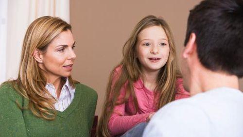 Ingat! Saat Selesaikan Masalah, Anak Akan Tiru Cara yang Dipakai Orang Tuanya