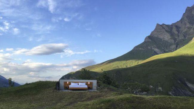 Hotel Tanpa Dinding Dibuka di Pegunungan Alpen