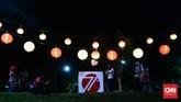 Hari Kemerdekaan Indonesia ke-71 dirayakan dengan berbagai cara. Di Solo, perayaan tersebut dilakukan dalam bentuk festival lampion. (CNNIndonesia/Andika Putra)