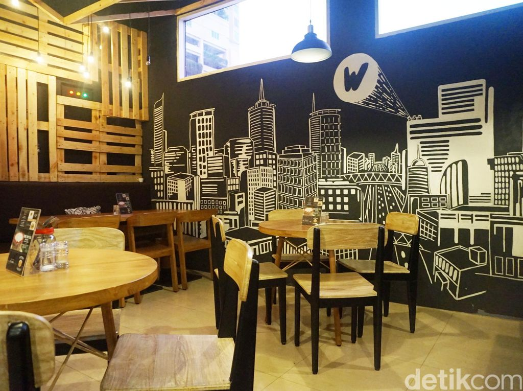 Makan di Dapur Bergaya Rustic Industrial, W Kitchen Cafe Gandaria City