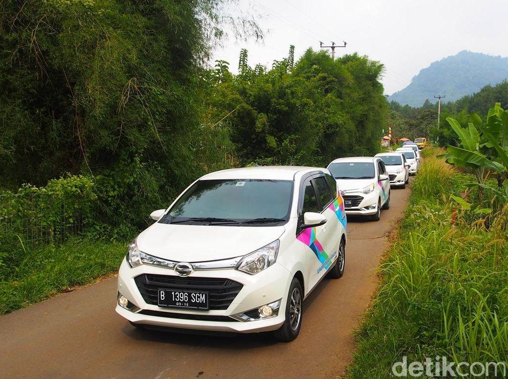 Daihatsu Sigra merangsek ke tempat kedua mobil terlaris di Indonesia sepanjang April 2019. Distribusi Sigra mencapai 6.317 unit. Foto: Astra Daihatsu Motor