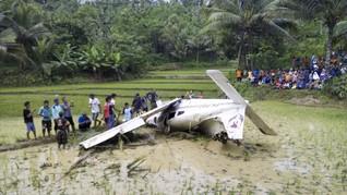 Pesawat Latih Jatuh di Cirebon