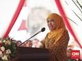 Kiai Kampung Minta Jokowi Lepas Khofifah dari Jabatan Mensos