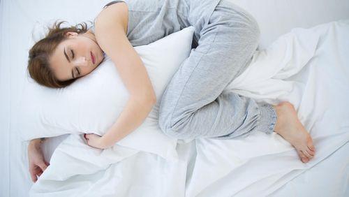 Bukan Sekadar Menutup Mata, Tidur Juga Bantu Menjaga Fungsi Otak