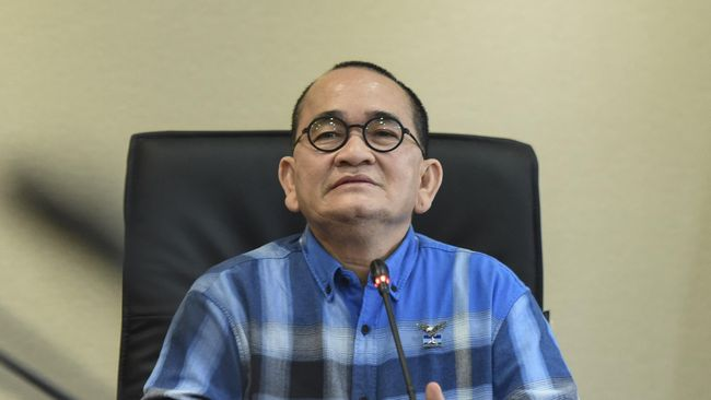 Ruhut Sitompul: Demokrat Setengah Hati Dukung Prabowo-Sandi