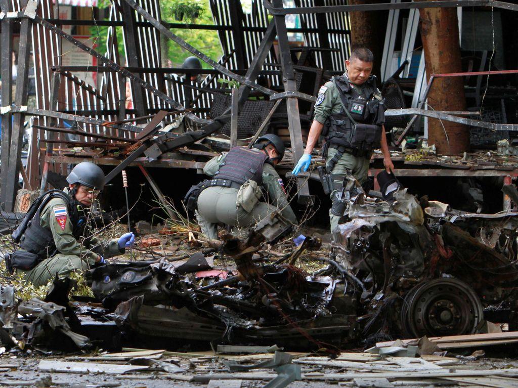 Belum ada kelompok maupun pihak tertentu yang mengklaim bertanggung jawab atas ledakan itu. Surapan Boonthanom/Reuters.