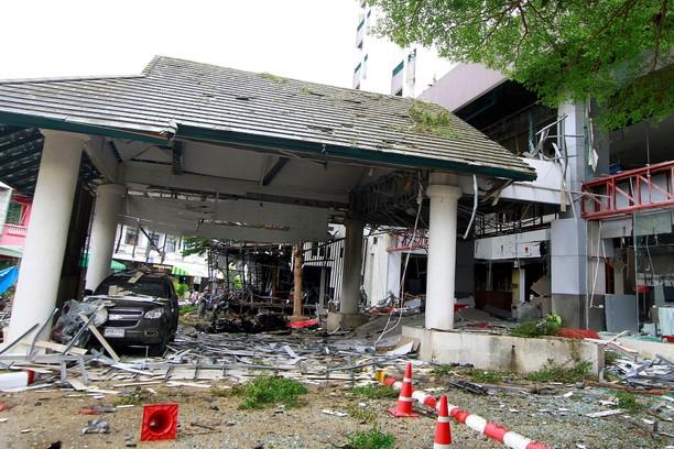 Dua Ledakan Bom Guncang Pattani Thailand