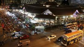 Berburu Jajanan Warung 'Bintang Lima' Singapura