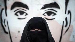 Tolak Buka Cadar, Wanita Denmark Dideportasi ke Tunisia