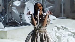 Rihanna Alami Pengalaman Spiritual di Album 'Anti'