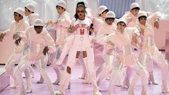Makin Eksis, Rihanna Akan Luncurkan Lini Lingerie 'Savage'