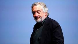 Robert De Niro Ajak Warga 'Balas' Paket Bom dengan Hak Pilih