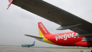 Roda Pesawat Lepas Saat Mendarat, Dua Pilot VietJet Diskors