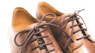 Cara Mencuci Sepatu Agar Tak Mudah Rusak