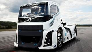 Perusahaan China Beli Saham Truk Volvo