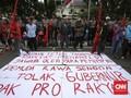 Aksi Massa Penolak Ahok di Markas PDIP