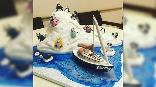 Kue Tart Penguin Imut-imut untuk Meghan Trainor