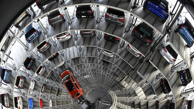 Volkswagen Klarifikasi Kepunahan Mobil Bensin dan Diesel