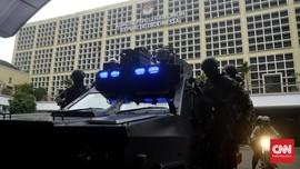 Jokowi dan Prabowo Ambil Nomor Urut, Jalan Depan KPU Ditutup