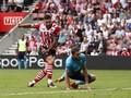 Southampton Tekuk Burnley, Charlie Austin Borong Dua Gol