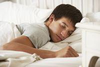 Pria yang tidak memiliki waktu tidur yang cukup bisa membuat kadar testosteronnya menurun. Ini menyebabkan kelelahan dan kepadatan otot serta tulang dan bisa mempengaruhi keoptimalan penis. Foto: ilustrasi/thinkstock